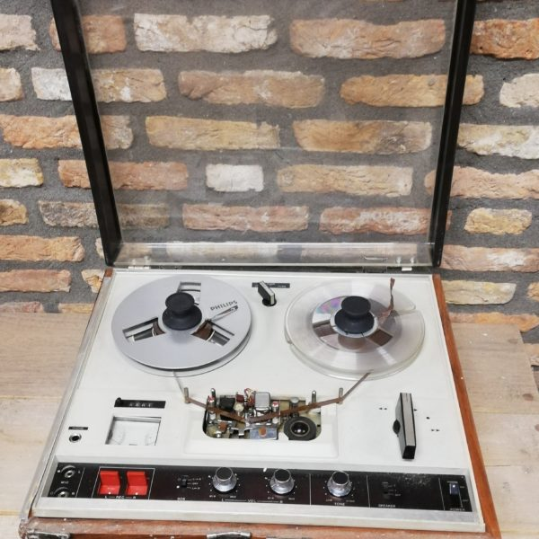 Antieke geluidsrecorder – 10220