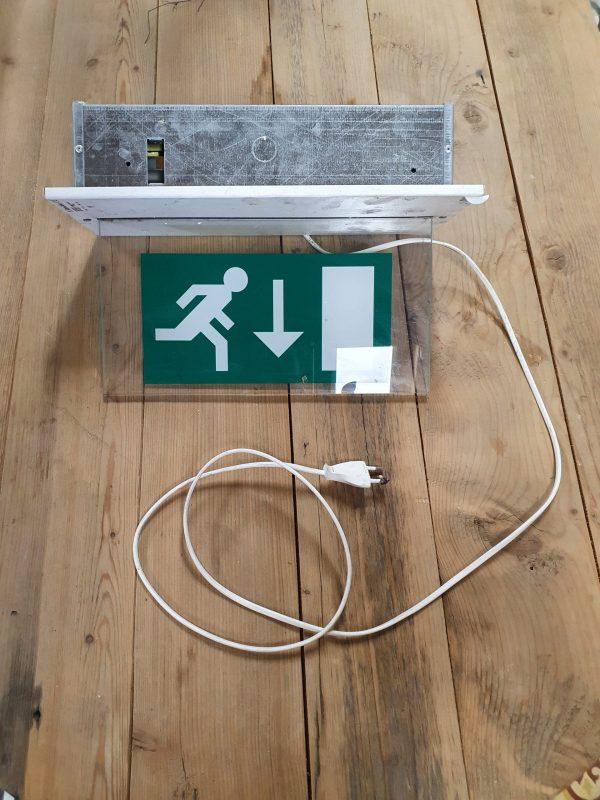 nooduitgang verlichtingsbord
