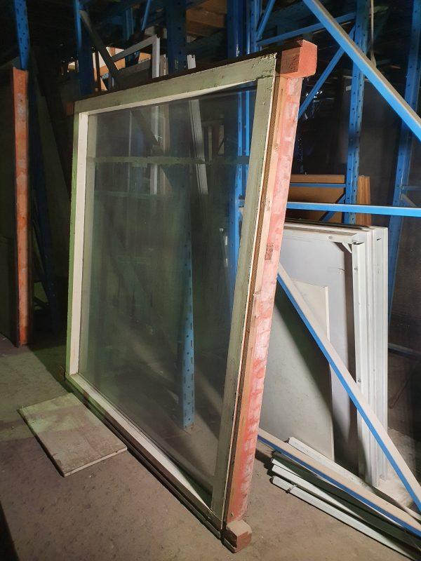 Houten kozijn | 166x182 cm