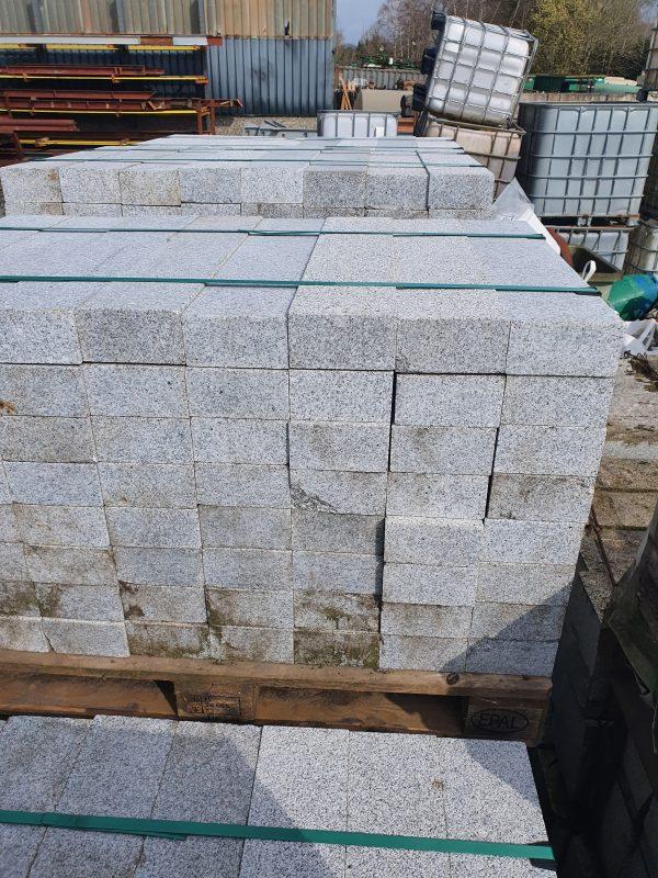 Natuursteen rechthoekige gladde bandjes | 75x15x8 cm
