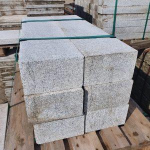 Natuursteen rechthoekige banden | 100x25x12 cm