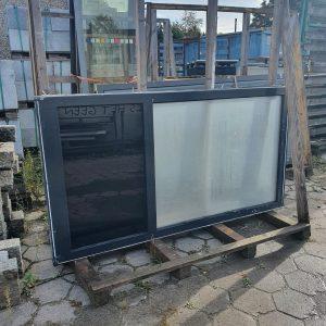 Aluminium kozijn met dubbel glas   220x115,5 cm